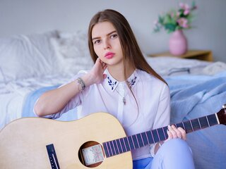 ChloeElla online